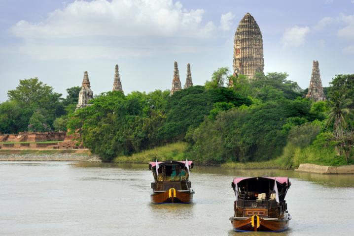 Manohra Dream Reisbarken-Charter in Thailand