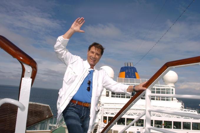 MS EUROPA: Udo Jürgens gibt einen Solo-Abend an Bord