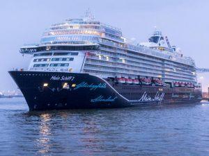 TUI Cruises to Nowhere